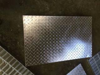复合钢格板2