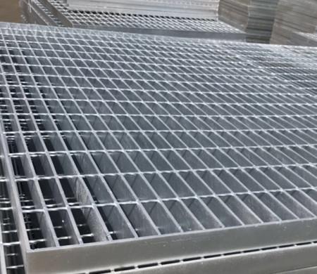 镀锌平台钢格栅板常用规格