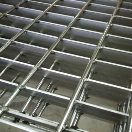不锈钢钢格板安装厂家
